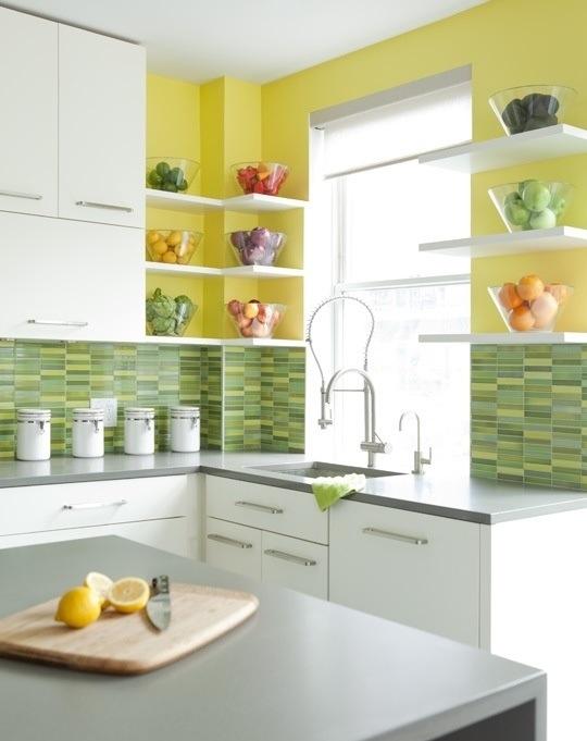 25560710 085456 ไอเดียแต่งห้องครัวด้วยสีเขียว เหลือง 30 แบบ