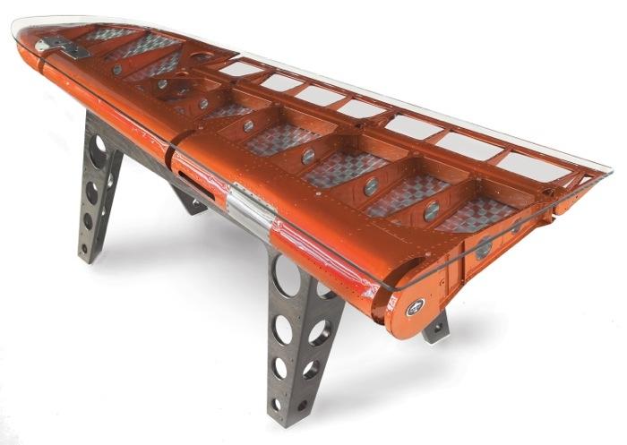 25560711 182445 โต๊ะที่ทำจากชิ้นส่วนเครื่องบินโบราณ...โดย MotoArt เพื่อคนรักเครื่องบินโดยเฉพาะ