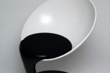 เก้าอี้อาร์ตๆ..เหมือนถ้วยลอยกลางอากาศเทสีหกเลอะพื้น..งดงาม 10 -