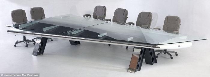 25560717 190028 โต๊ะที่ทำจากชิ้นส่วนเครื่องบินโบราณ...โดย MotoArt เพื่อคนรักเครื่องบินโดยเฉพาะ
