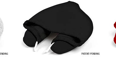 โลกส่วนตัวได้ทุกที่กับ Hooded Travel Pillow  14 - black
