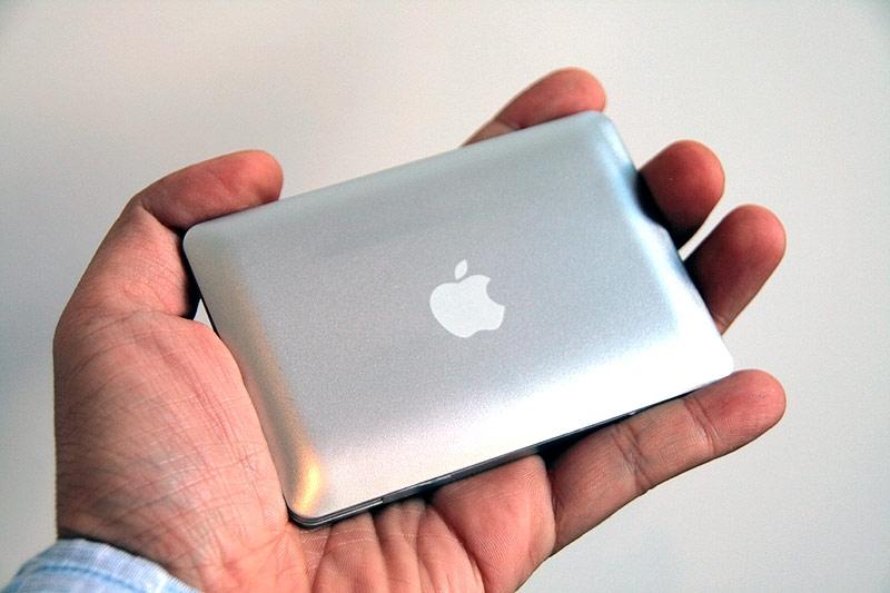 mirrorbook2 MacBook Air ที่เล็กที่สุดในโลก