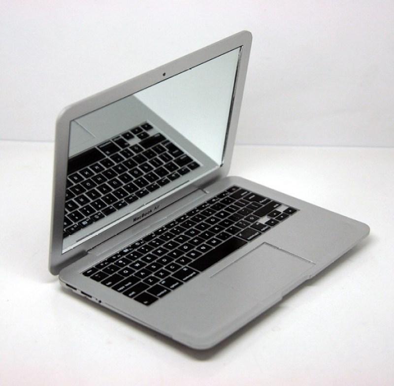 mirrorbook6 MacBook Air ที่เล็กที่สุดในโลก