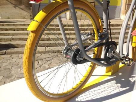 pibal moyeu sram 450x336 City Ride Pibal จักรยานสำหรับปั่นบนท้องถนนที่มีสภาพการจราจรที่ติดขัด