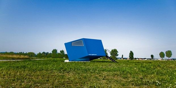 hypercubus 01 620x310 Hypercubus..ห้องพักเคลื่อนที่