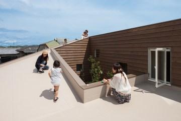 """House J"" ออกแบบจากโจทย์ผู้ต้องการความเป็นส่วนตัว และปลอดการมองเห็นจากบุคคลภายนอก  12 - Architecture"