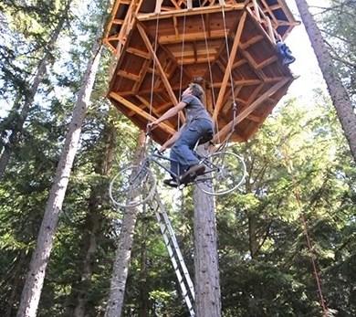 ลิฟท์ทำจากจักรยานเก่า สำหรับบ้านต้นไม้ ไม่ต้องใช้ไฟฟ้า 14 - treehouse