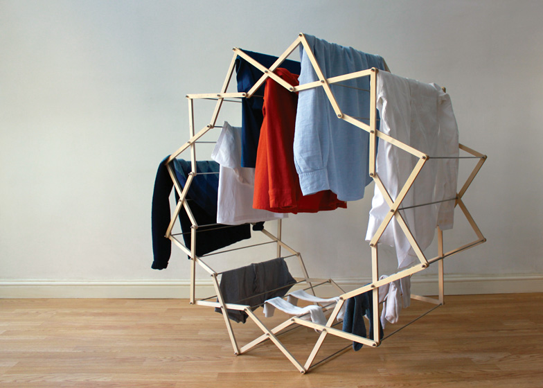 Clothes Horse by Aaron Dunkerton dezeen ss 4 Star shaped clothes horse ราวตากผ้าเน้นพื่นที่จำกัด