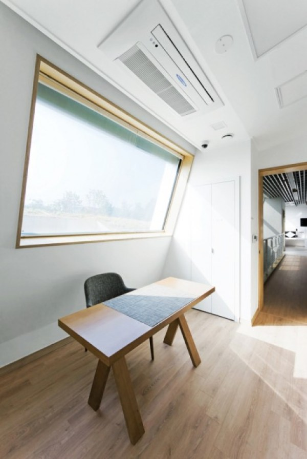 E-Green-Home-In-South-Korea-Offers-Overnight-Stays-7