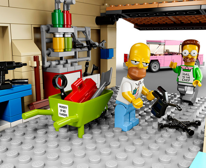 The-Simpsons-LEGO-Set-Is-Official-5