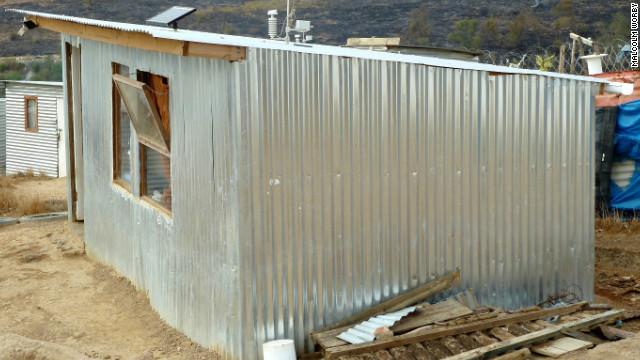 130107123817 ishack 1 horizontal gallery iShack โครงการปรับปรุงที่อยู่อาศัยให้เกิดพลังงานหมุนเวียนแบบยั่งยืน