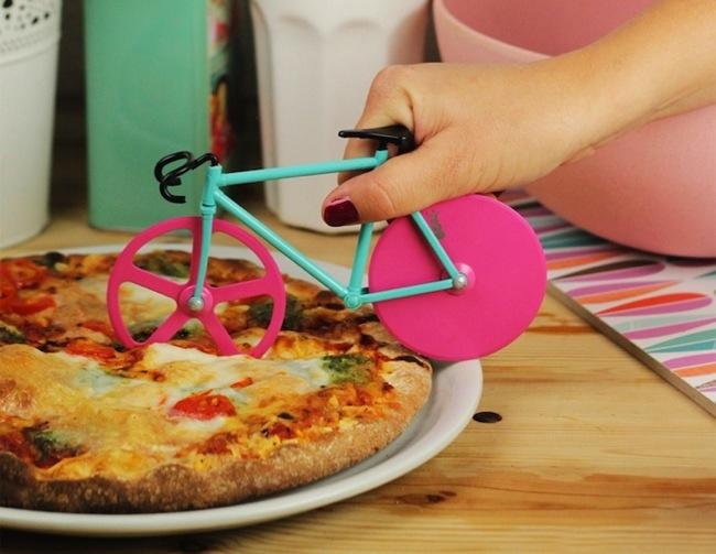 25570224 233608 จักรยาน ตัดพิซซ่า..โอวว..มันน่ารักมากกก..