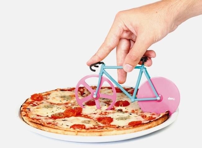 25570224 233626 จักรยาน ตัดพิซซ่า..โอวว..มันน่ารักมากกก..