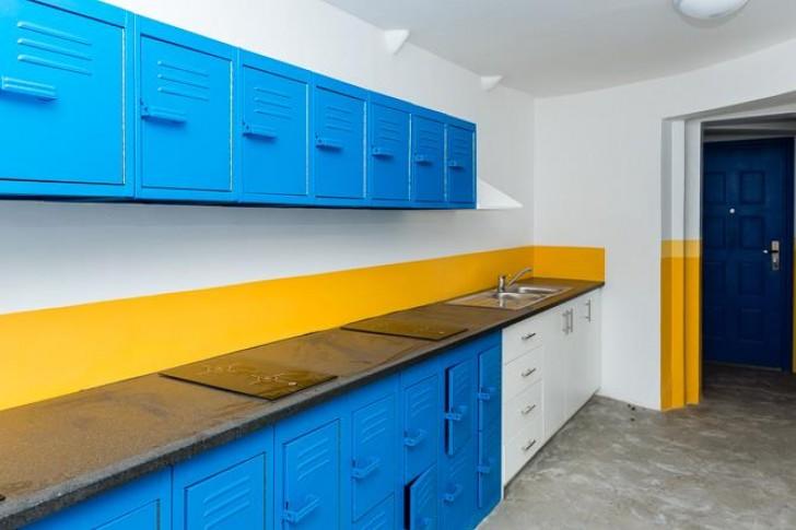 Mill Junction Container Housing7 e1392189100166 หอพักนักศึกษาราคาประหยัดสร้างจากไซโลเก่า และตู้คอนเทนเนอร์ ใช้แล้ว