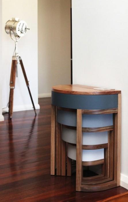 25570306 193849 TABLES FOUR TWO โต๊ะเก้าอี้ 2ชุด ซ้อนเรียงกันอย่างฉลาด สำหรับบ้านพื้นที่จำกัด