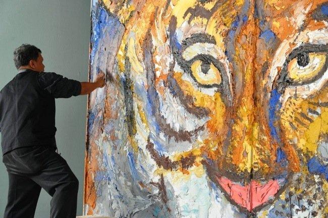 วาดภาพด้วยปูน ถ่ายทอดจินตนาการณ์และอารมณ์แบบไร้ขีดจำกัด  โดย สาธิต ทิมวัฒนบรรเทิง 13 - ศิลปะ