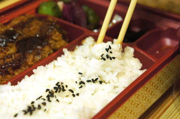DSC00056 650x432 Kurobuta in the Box by MAiSEN เปิดกล่องรีวิว ความอิ่มอร่อยที่พกไปได้ทุกที่