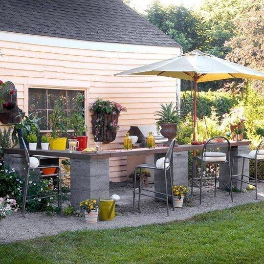 20140517 211044 9 วิธีใช้คอนกรีตบล็อกกับสวนหลังบ้านให้ดูดี มีสไตล์