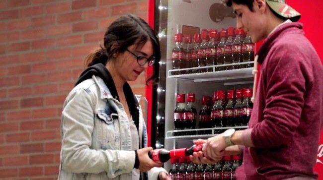Coke Friendly Twist...ฝาขวดแบบใหม่ เปิดโค้ก เปิดรับมิตรภาพใหม่ๆ 13 - COKE