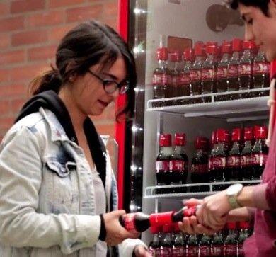 Coke Friendly Twist...ฝาขวดแบบใหม่ เปิดโค้ก เปิดรับมิตรภาพใหม่ๆ 15 - COKE