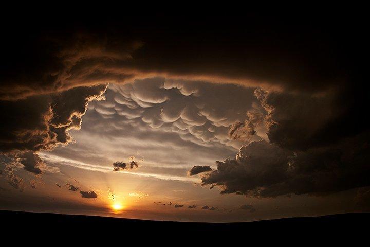 Mammatus Clouds1 Mammatus Clouds หนึ่งในเมฆที่สวย มาพร้อมกับพายุที่รุนแรง