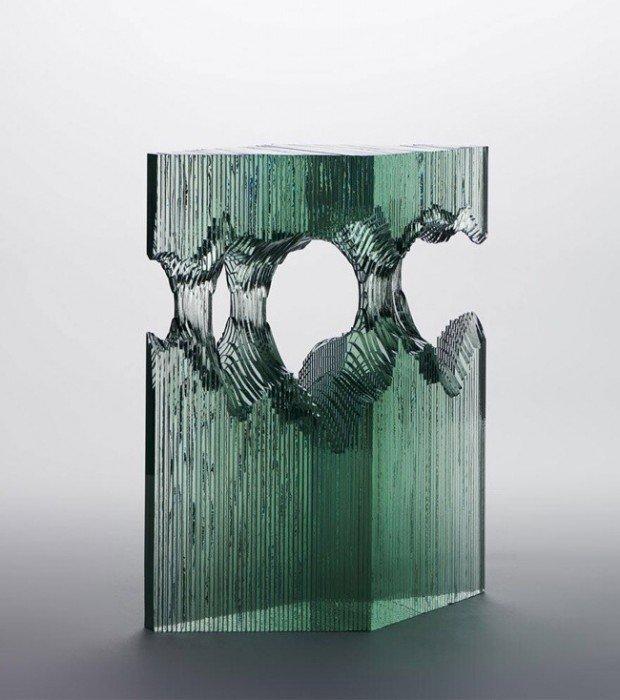 20140702 094821 35301054 ศิลปินที่เรียนรู้ด้วยตัวเอง สร้างงานจากแผ่นกระจกประกบหลายๆชั้นเป็นคลื่นในมหาสมุทร