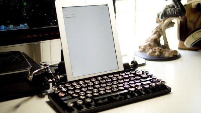 20140706 230006 82806993 USB keyboard ที่จะทำให้การพิมพ์คอมพิวเตอร์ หรือแท็ปเล็ต ได้อารมณ์แบบใช้เครื่องพิมพ์ดีด