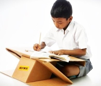 Help Desk..รีไซเคิลกระดาษกล่องใช้แล้ว เป็นทั้งโต๊ะและกระเป๋าในชิ้นเดียว 14 - cardboard