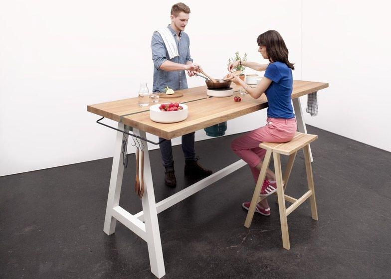 IMG 4349 โต๊ะเรียบๆใช้ประโยชน์ได้หลายอย่าง และเปลี่ยนเป็นครัวได้ง่ายๆ