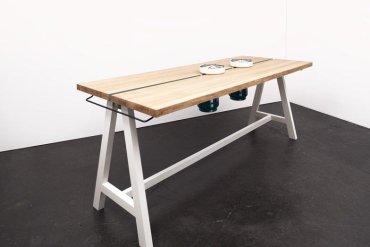 โต๊ะเรียบๆใช้ประโยชน์ได้หลายอย่าง และเปลี่ยนเป็นครัวได้ง่ายๆ  29 - ห้องครัว