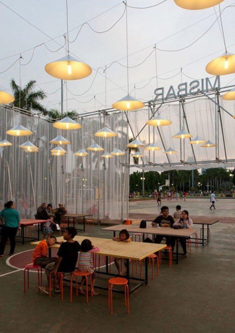 Kineforum-Misbar-open-air-cinema-by-Csutoras-and-Liando_dezeen_13