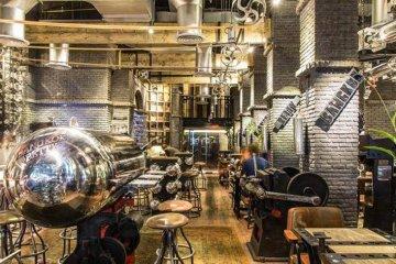 Bangkok Betty ร้านอาหารแรงบันดาลใจจากโรงงานระเบิดของสหรัฐอเมริกา 8 - Bangkok Betty