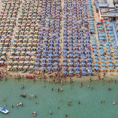 ภาพถ่ายทางอากาศชายหาด กลายเป็นภาพ Abstract งามๆ สีสันสดใสอย่างเหลือเชื่อ 14 - ภาพถ่าย