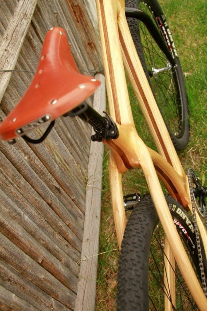 connor brooks saddle จักรยานเฟรมไม้ Connor Wood Bicycles