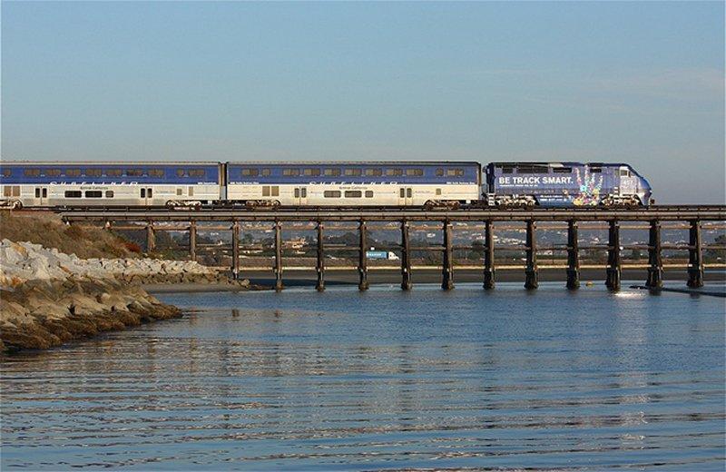 6604139791 6e55a50cb5 z Pacific Surfliner หนึ่งในเส้นทางรถไฟที่มีทิวทัศน์ดีที่สุด