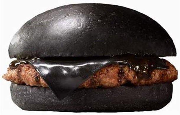 Black Burger.. เบอร์เกอร์ สีดำ เทรนที่กำลังมาแรงในญี่ปุ่น 13 - black