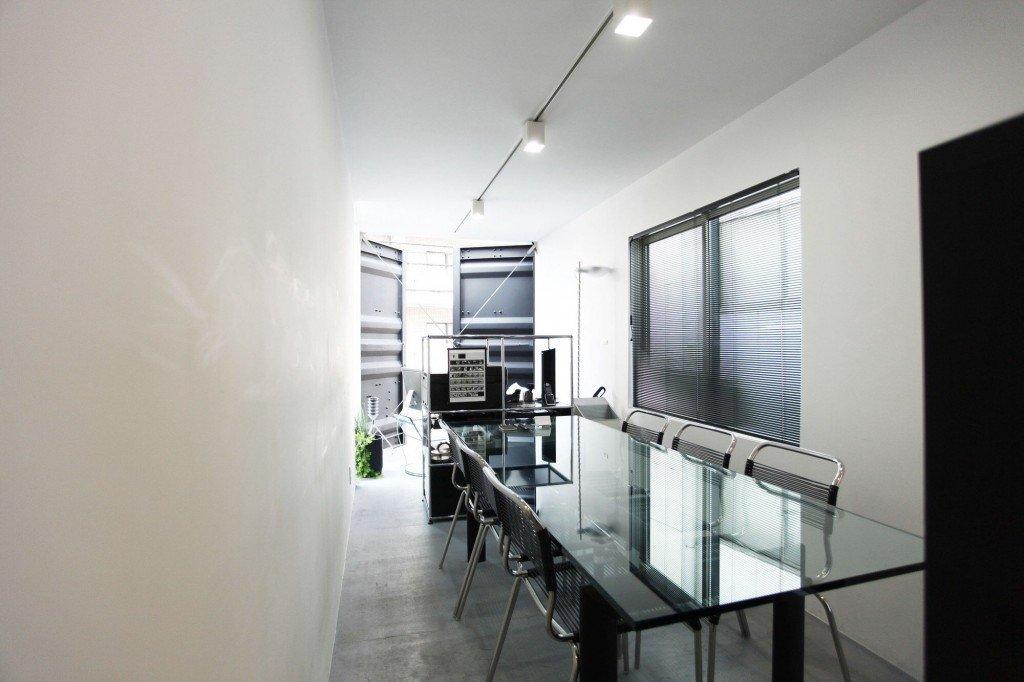 IMG 6495 ใช้ตู้คอนเทนเนอร์ทำออฟฟิศ แก้ปัญหาพื้นที่จำกัดในเมือง