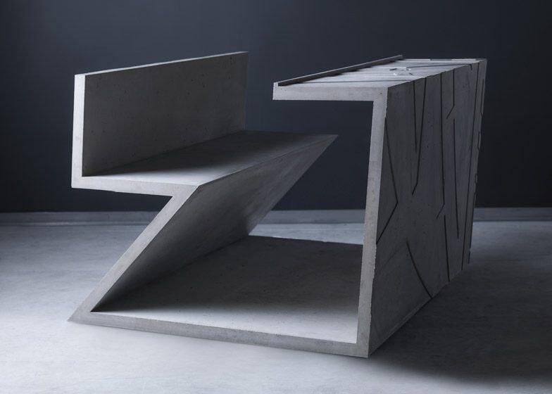IMG 7017 โต๊ะซีเมนต์ ออกแนวกราฟฟิคโดย  Libeskind สำหรับแบรนด์  Moroso