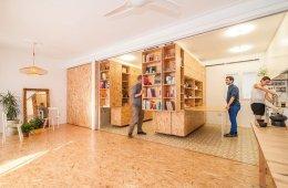 ตู้ที่เลื่อนไปมา ทำให้เกิดพื้นที่ทั้งห้องนอน ห้องนั่งเล่น ห้องครัว..เเหมาะสำหรับบ้านขนาดเล็ก 32 - คอนโด