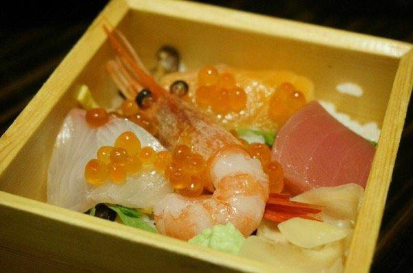 IMG 8844 ฉลองปีใหม่แบบญี่ปุ่น ด้วยกุ้งมังกรอิเสะเอบิ สัญลักษณ์แห่งความมีสุขภาพแข็งแรง อายุยืนยาว