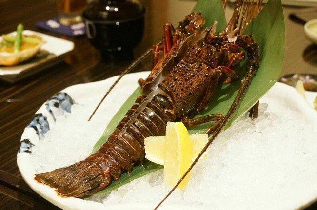 IMG 8846 ฉลองปีใหม่แบบญี่ปุ่น ด้วยกุ้งมังกรอิเสะเอบิ สัญลักษณ์แห่งความมีสุขภาพแข็งแรง อายุยืนยาว