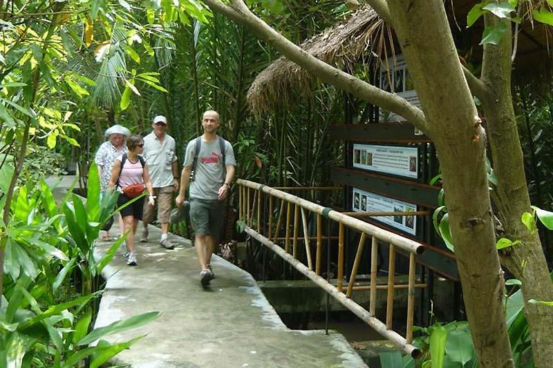 """fishwalk2 พิพิธภัณฑ์ปลากัดไทย ตั้งอยู่ในพื้นที่ """"เกาะกระเพาะหมู"""""""