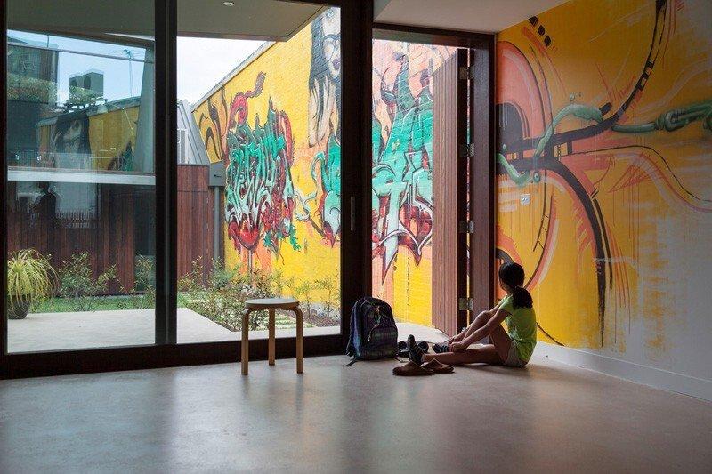 บ้านในเมือง ที่นำเอา งานGraffiti มาเป็นองค์ประกอบของบ้าน 19 - Graffiti