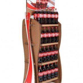 Coca-Cola's Green Marketing : ชั้นดิสเพลย์สินค้าจากกล่องใช้แล้ว 22 - Coca-Cola
