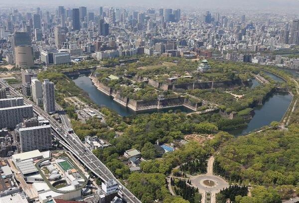 ประสบการณ์ใหม่ของคอมมูนิตี้มอลล์ เปลี่ยนดาดฟ้าเป็นลู่วิ่ง สนามบอลล์ 17 - Japan