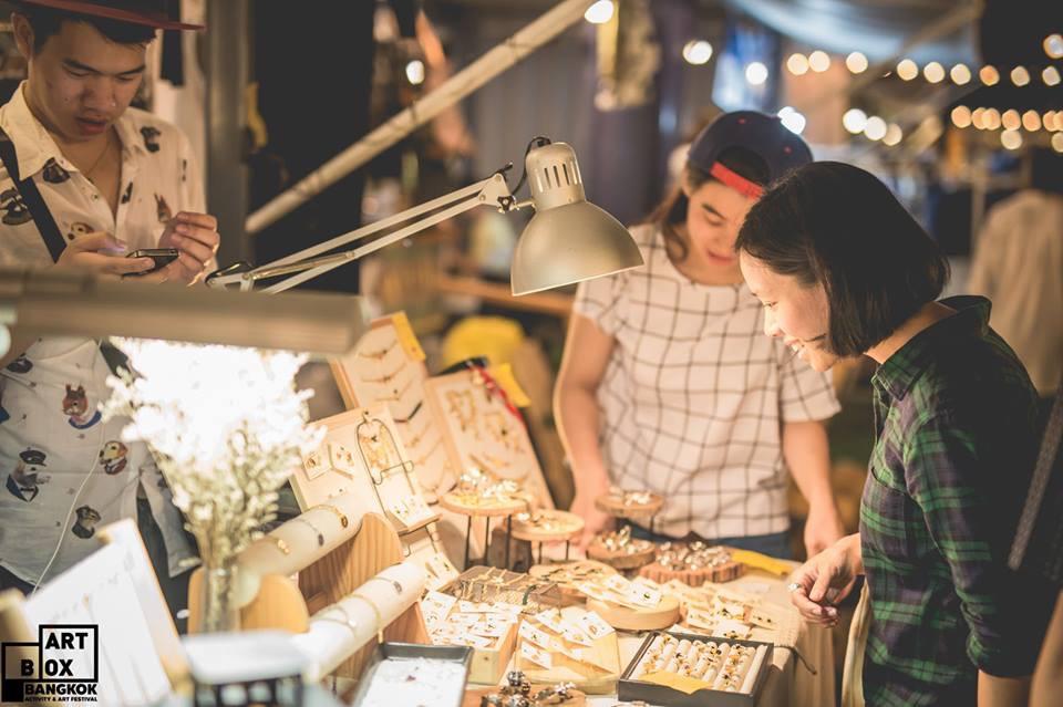 "ARTBOX Bangkokตลาดนัดรูปแบบใหม่ ""Exhibition Market"" @ Airport Link มักกะสัน 31 - 100 Share+"