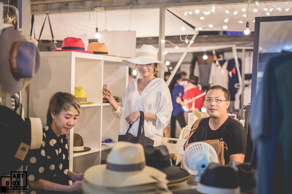 "ARTBOX Bangkokตลาดนัดรูปแบบใหม่ ""Exhibition Market"" @ Airport Link มักกะสัน 33 - 100 Share+"
