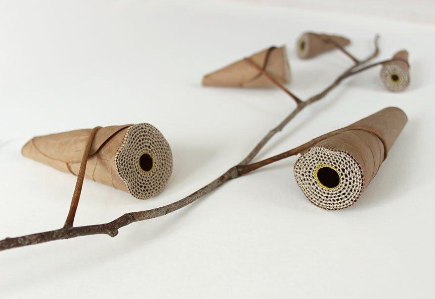 ศิลปะการถักทอ บนใบไม้.. สมดุลระหว่างความบอบบาง และแข็งแกร่ง 25 - Art & Design