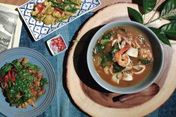 "KRAM Cafe & Thai Kitchen ""คราม"" ร้านอาหารไทย บรรยากาศธรรมชาติ อาหารอร่อย"