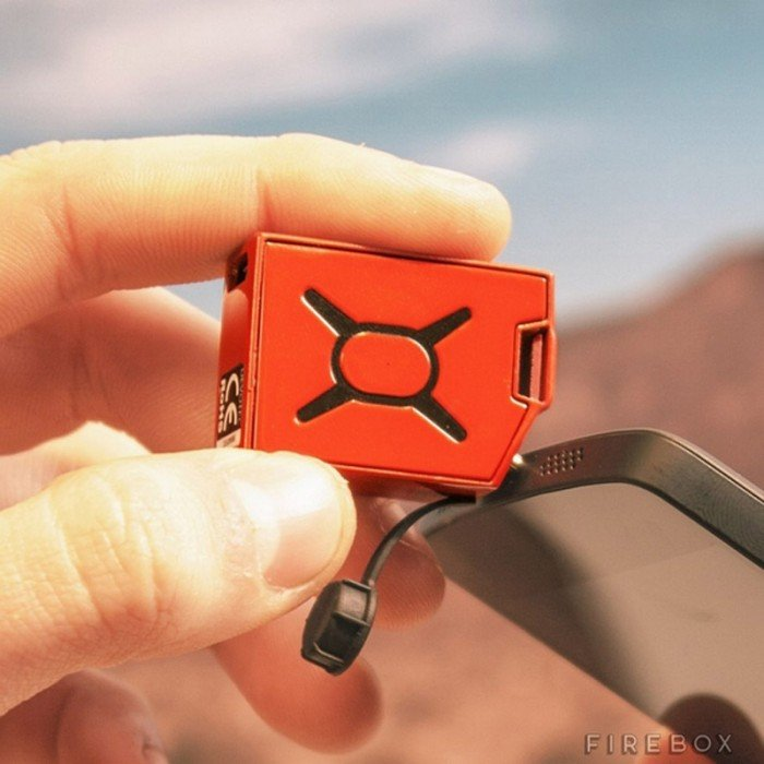 fuel-smallest-phone-charger-2